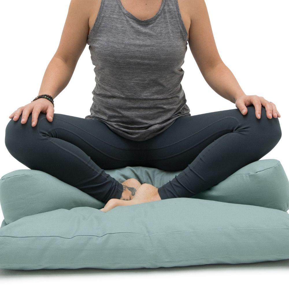 meditatiekussen-halve-maan-met-zabuton-meditatiemat-gevuld-met-schapenwol-turquoise-5