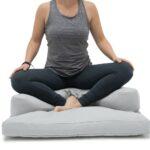 meditatiekussen-halve-maan-met-zabuton-meditatiemat-kleur-grijs